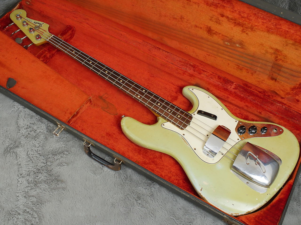 1965 FENDER JAZZ BASS SONIC BLUE